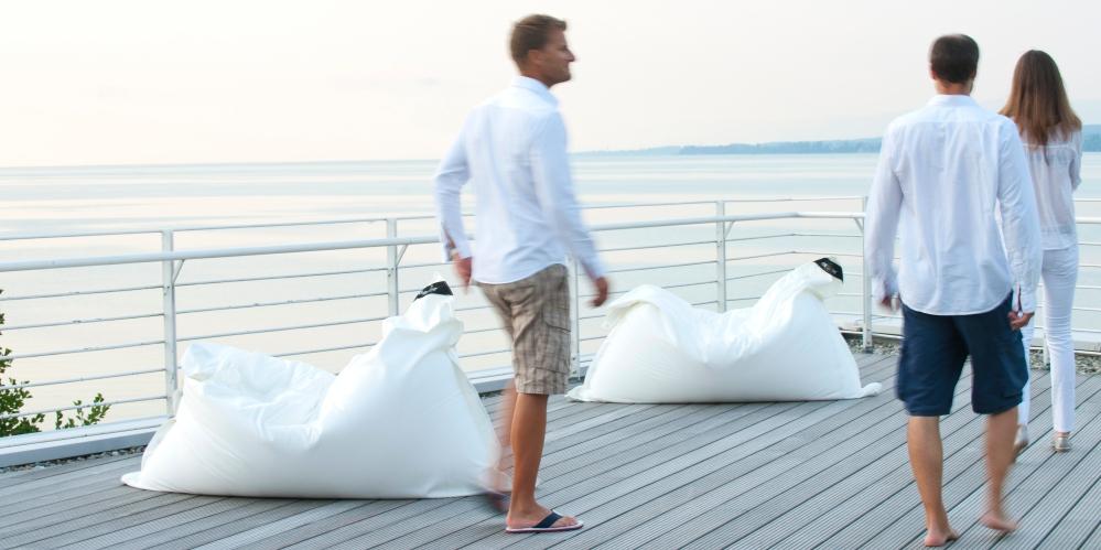 chillisy® SUMMERTIME Outdoor Kissen 190x140cm. Wasserabweisend, farbecht, resistent gegen Salz- und Chlorwasser, atmungsaktiv, hautfreundlich. Ausführung mit separatem Innenkissen.