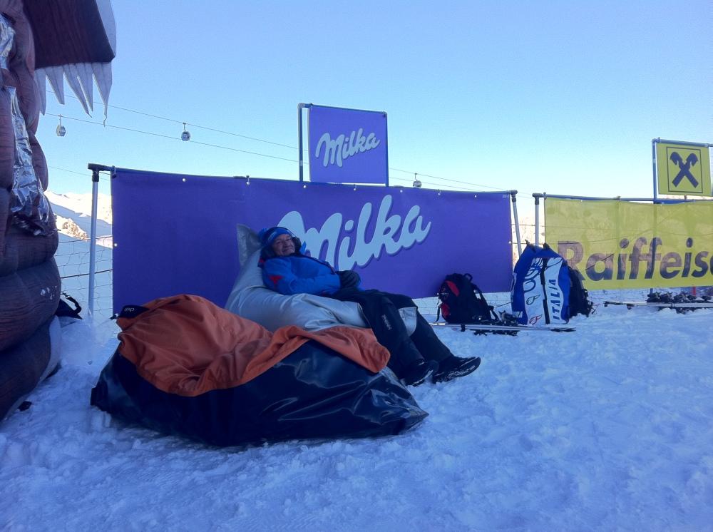 Startklar beim FIS Skiweltcup Opening Sölden 2011-12 am Rettenbacher Start