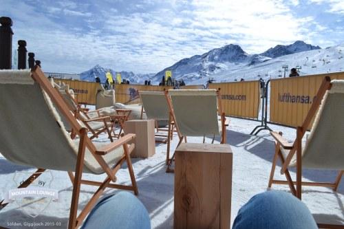 """Traumhaftes Bergpanorama mit Sicht aus der Chillisy® Mountain Lounge - """"Go for Gold"""" in Sölden am Giggijoch"""