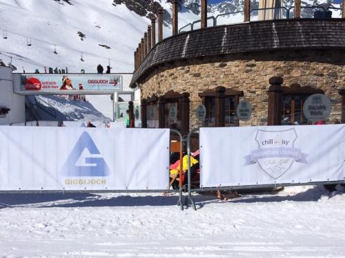 """Chillisy® Mountain Lounge - """"Go for Gold"""" in Sölden am Giggijoch"""