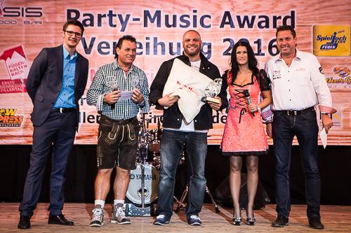 Und das beste Comeback feiert mit Award: AYMAN, Best - Comeback, chillisy, kissen, award, top of the mountains